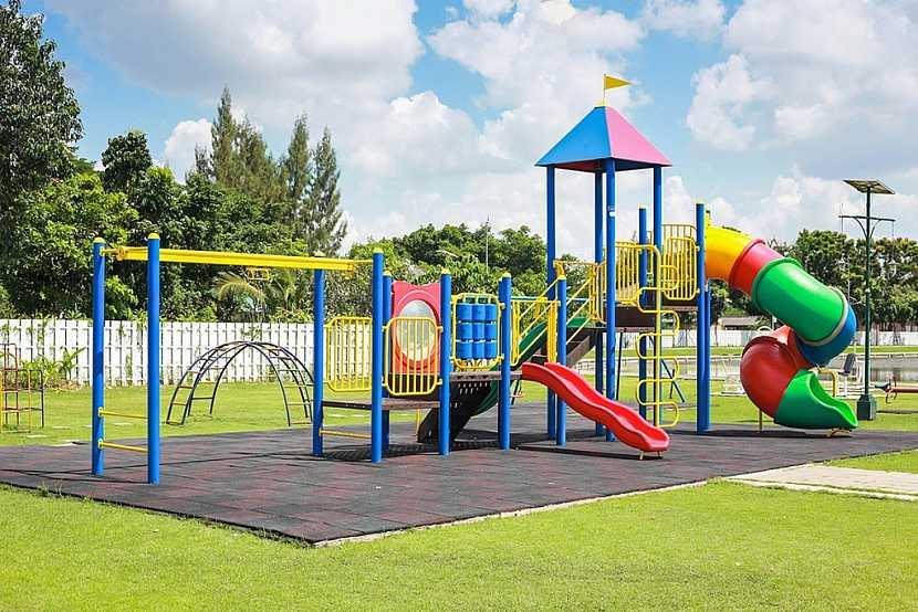 Osvědčené barvy na dětská hřiště či hračky