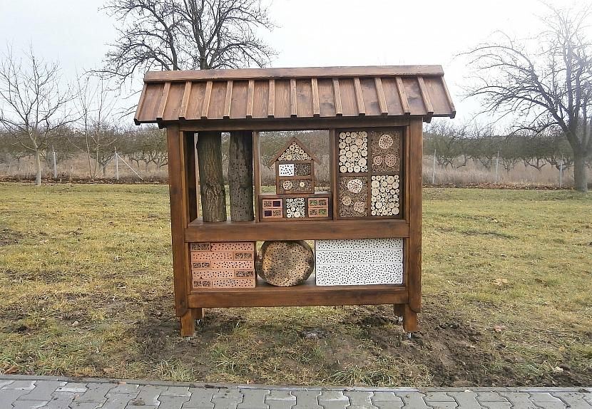 Staňte se hoteliérem! Postavte na své zahradě hotel pro hmyz 4