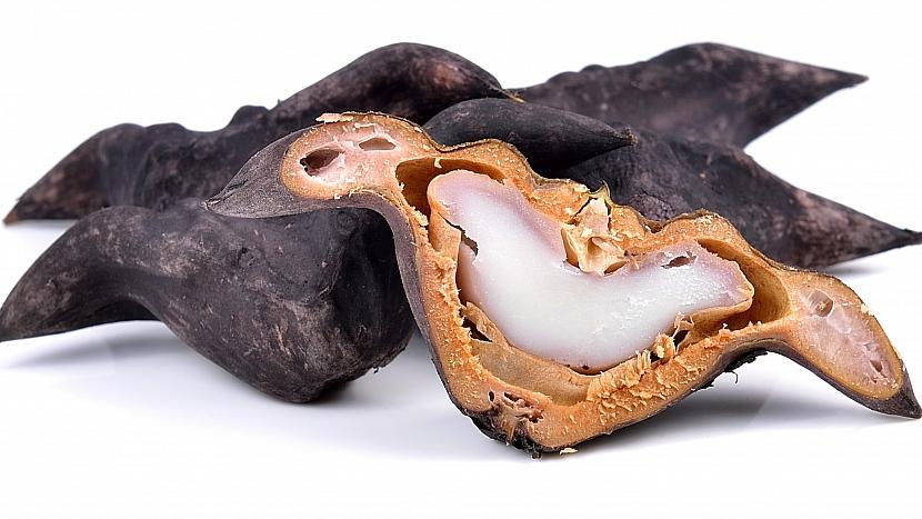 Ve vodních oříšcích jsou bílá, chutná, výživná i léčivá jádra