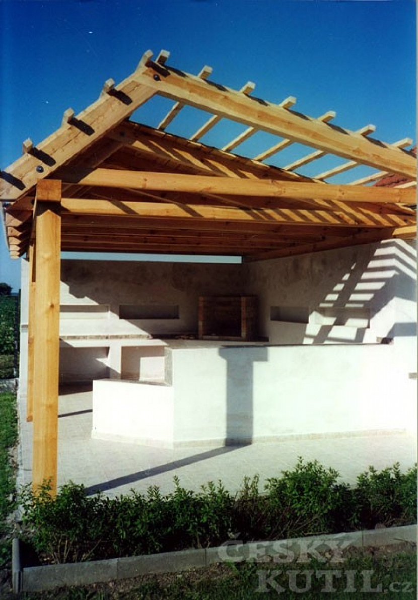 Stavba zahradní kuchyně – 2. díl