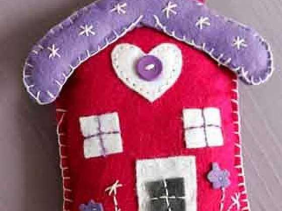 Plstěný domek