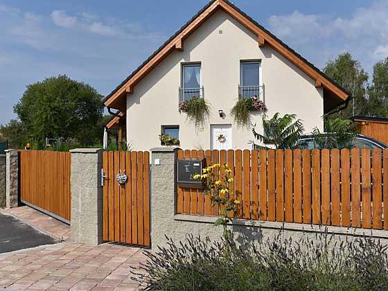 Vydlážděte si okolí domu betonovými prvky LiaStone (Zdroj: Liapor)