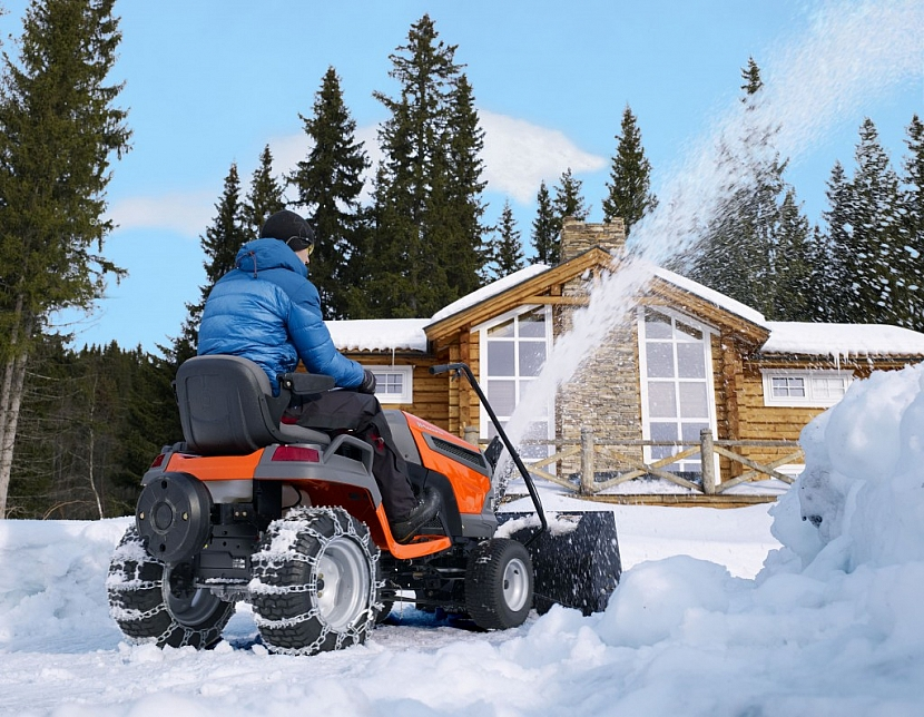 Jak vybrat tu pravou sněhovou frézu Husqvarna?