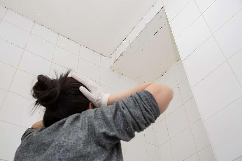 Koupelnu pravidelně větrejte, abyste předešli tvorbě plísně