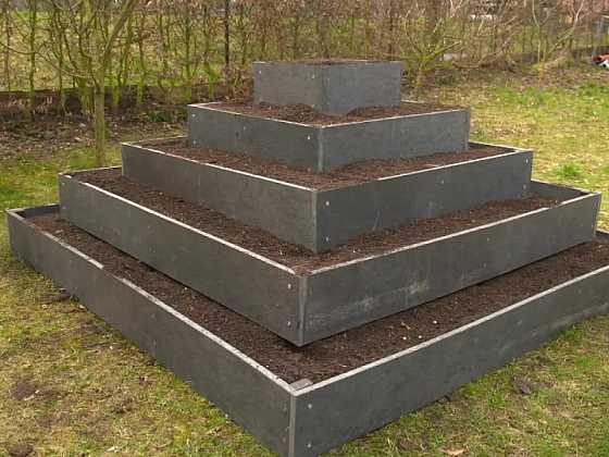 Jak postavit vyvýšený záhon? (Zdroj: Prima DOMA)