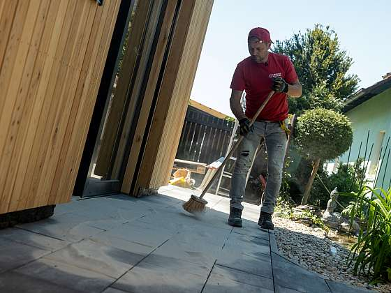 Vybudujte si chodník, položte dlažbu svépomocí (Zdroj: Prima DOMA MEDIA, s.r.o.)