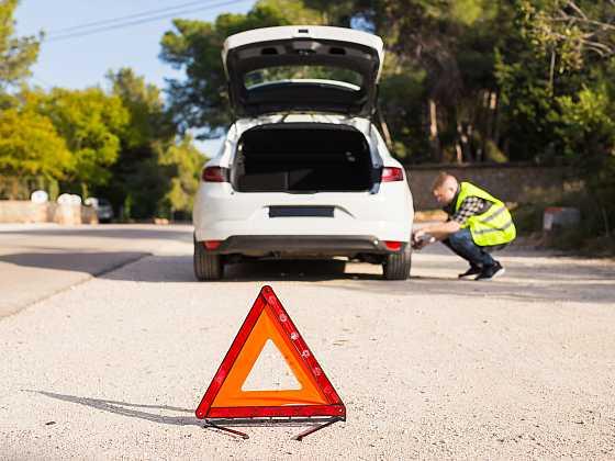 Drobný defekt pneumatiky nemusí být tragédie (Zdroj: Depositphotos)