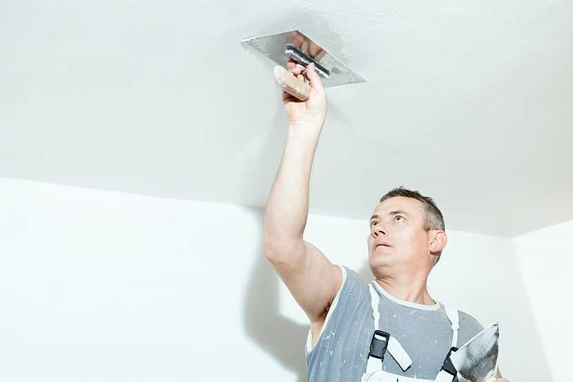 Štukování stropu