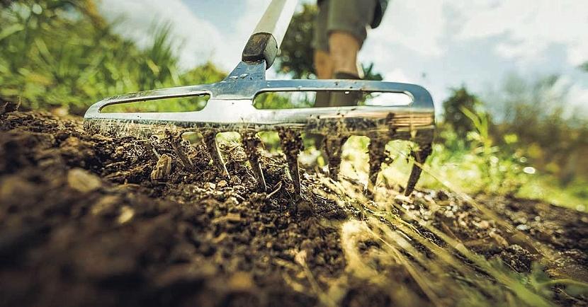 Nové zahradní náčiní Fiskars řady Xact