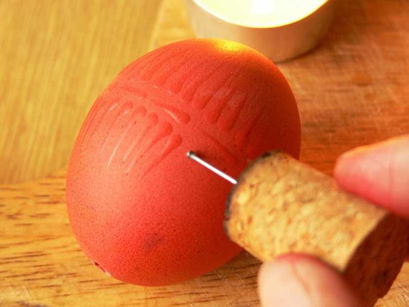 Malování voskem – zdobení velikonočních vajíček