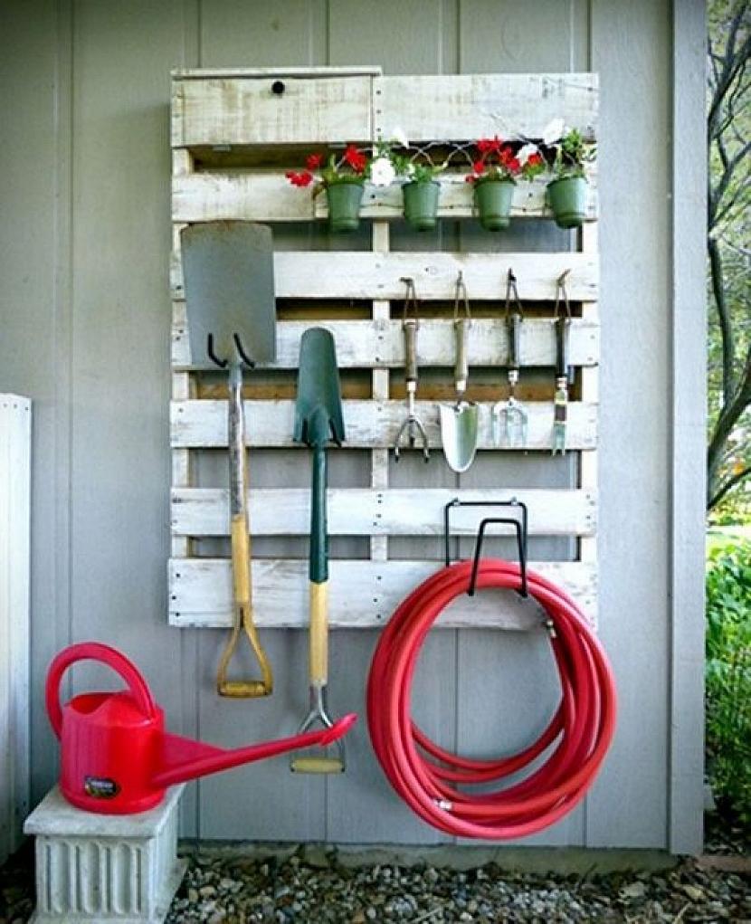 Jak využít recyklovaných palet na zahradě 1