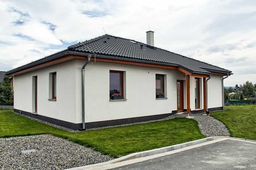 Trendem jsou dnes menší domky typu bungalov, tedy bez obytného podkroví.