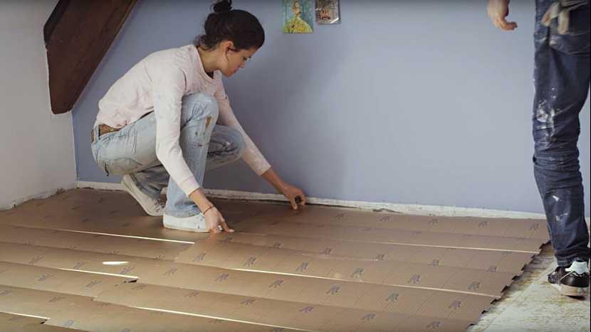 Návod na položení vinylové podlahy krok za krokem