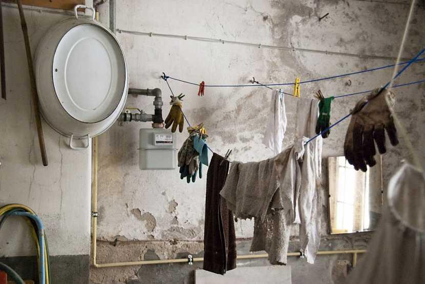 V nejméně používaných místnostech se hromadí nepotřebné haraburdí