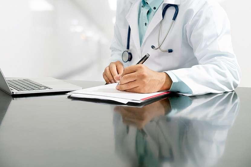 Základem pro úspěšné vyřízení pojistné události z úrazového pojištění jsou zprávy od lékaře. Proto si je vždy uschovejte