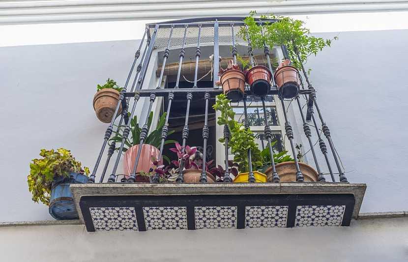 Mříže na balkoně zloděje odradí