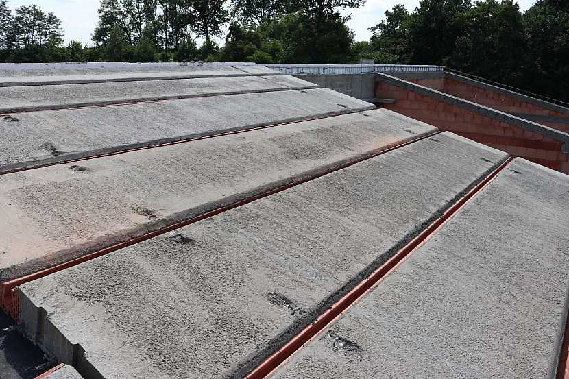 Těžká šikmá střecha HELUZ_realizace 2