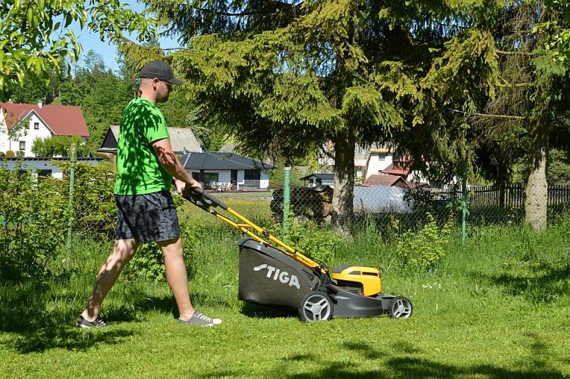 Hurá na trávník se STIGA Combi 50 S AE!