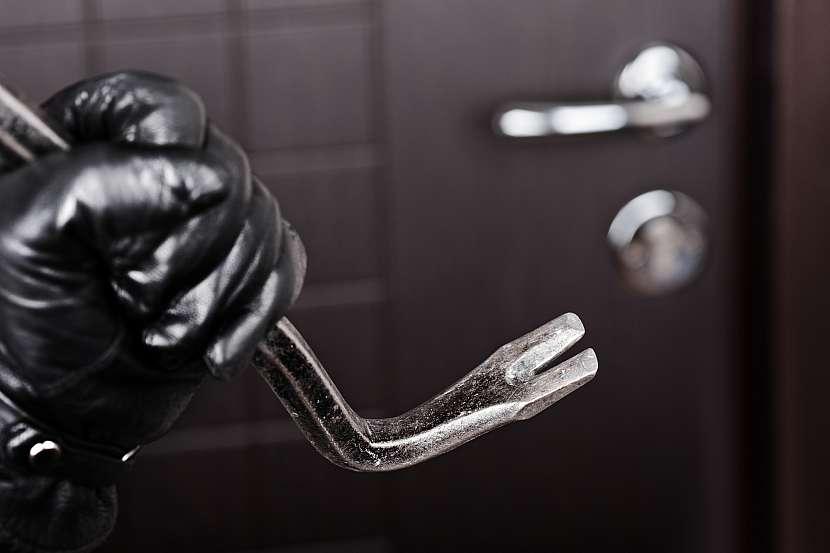 Majetkové pojištění vás také ochrání proti řádění kriminálních živlů. Třeba při vloupání