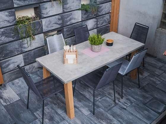 Betonová stěrka pro výrobu stolu? Proč ne? (Zdroj: Prima DOMA MEDIA, s.r.o.)