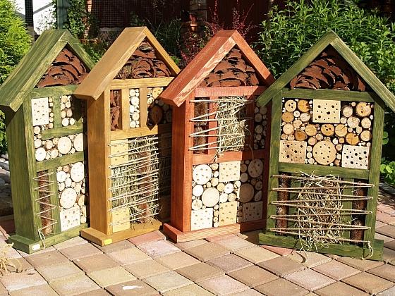 Staňte se hoteliérem! Postavte na své zahradě hotel pro hmyz 2