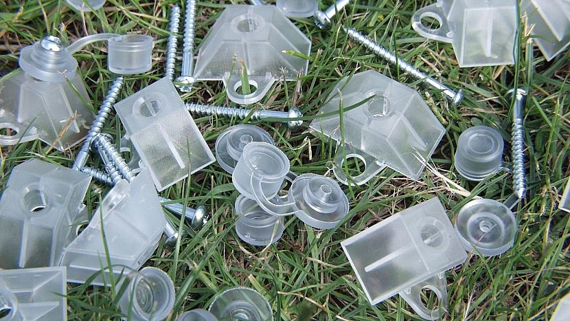 Zastřešená pergola: speciální plastové podložky