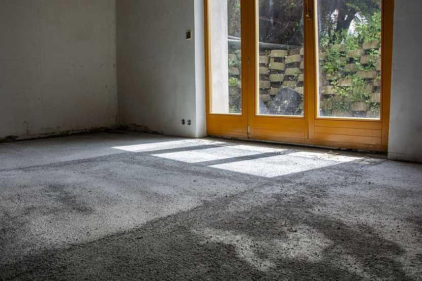 Hotový beton - podklad - pro finální nášlapnou vrstvu