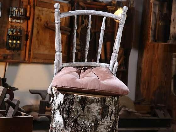 Vyrobte si originální zahradní posezení ze židle, která již dosloužila (Zdroj: Archiv FTV Prima, se svolením FTV Prima)