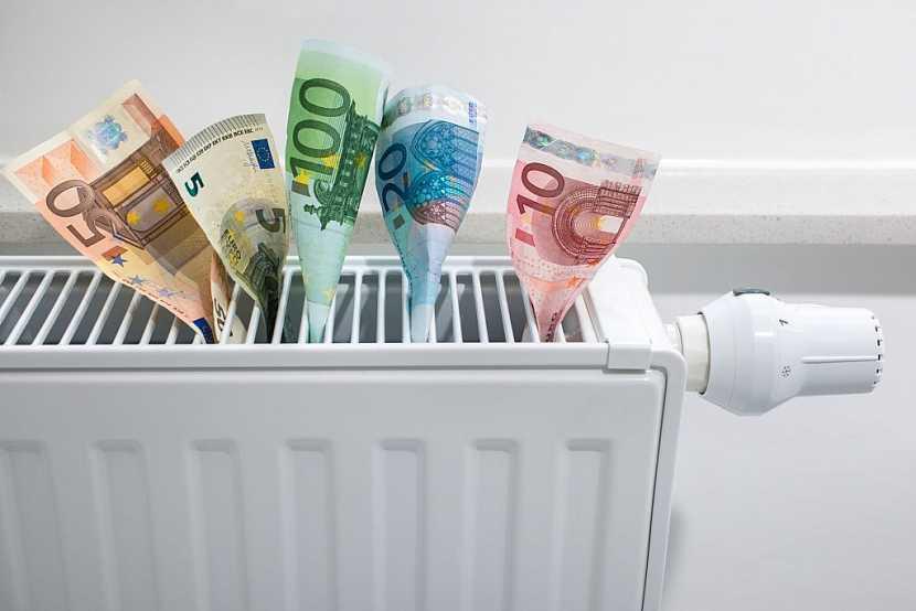 Pro větší dílny už chce přemýšlet nad pořízením topného systému s radiátory