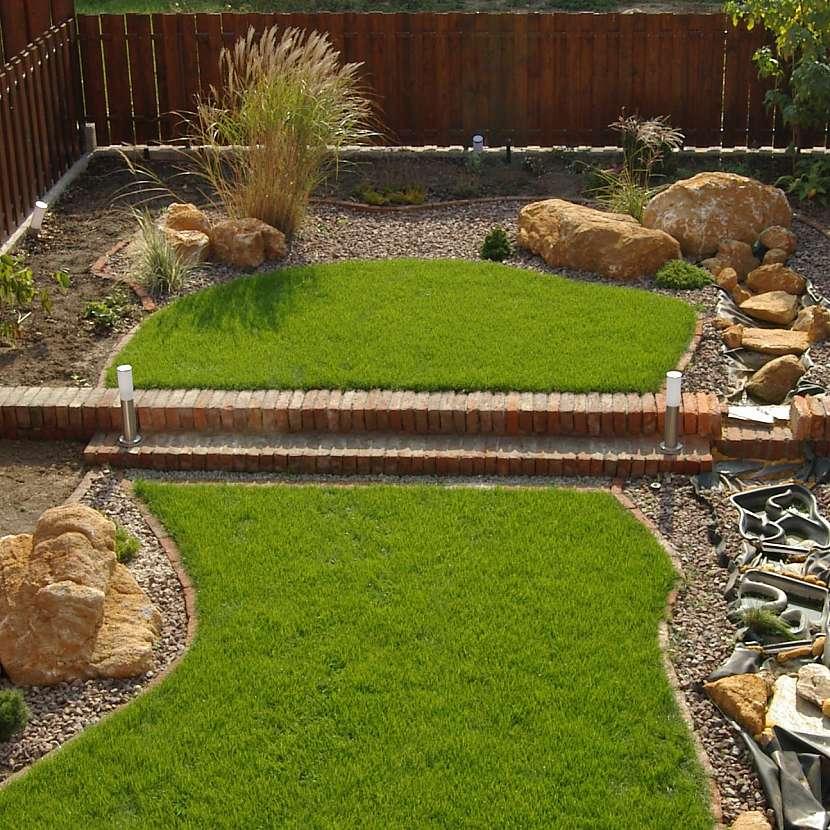 Zahrada, dvě úrovně