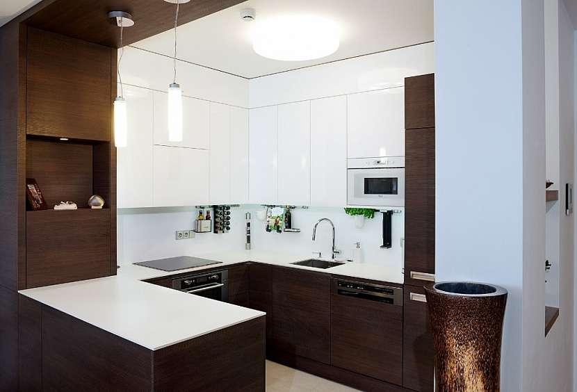 Jak se bydlí v novém bytě olympioničce Zuzaně Hejnové? Žije v poklusu i doma?