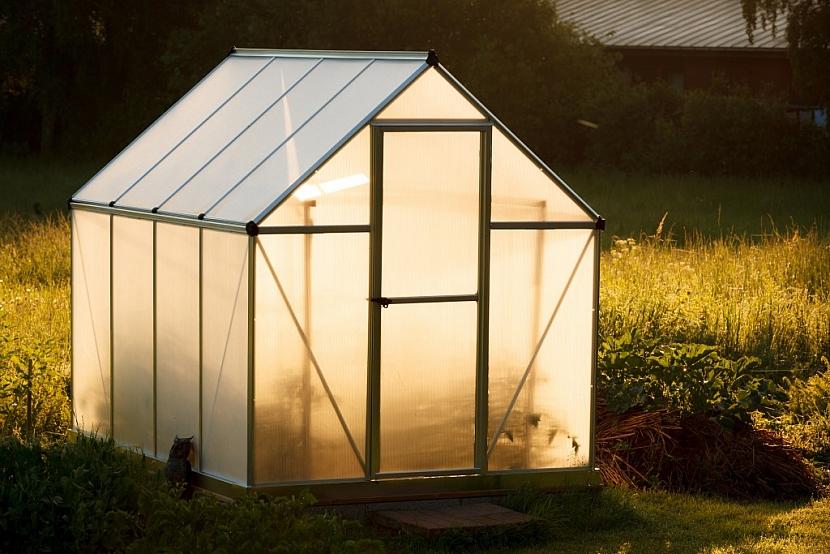 Malý zahradní skleník