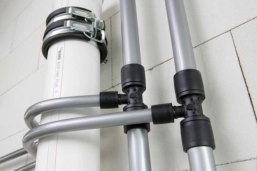 rozvody vody a kanalizace