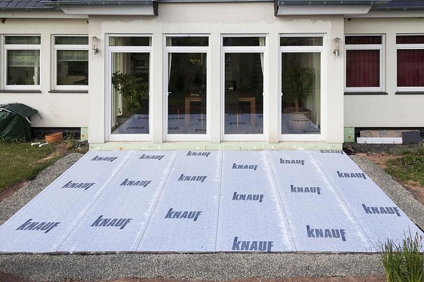 izolovaný podklad terasy