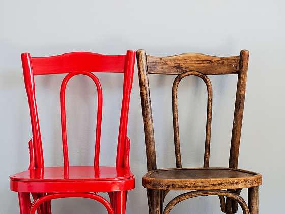 Při renovaci nábytku vybírejte uvážlivě vhodný nátěr (Zdroj: Depositphotos)