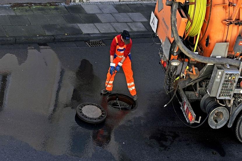 Kanalizace je doménou měst a větších obcí