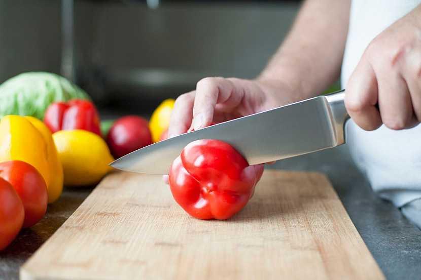 Velký kuchařský nůž