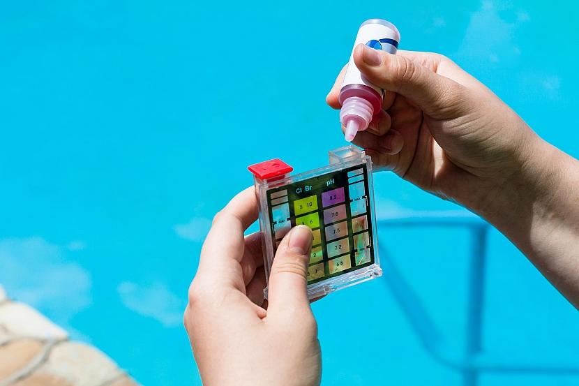 Měření pH v bazénu