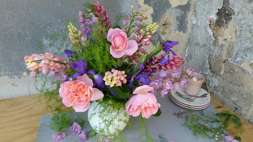 Voňavá červnová kytice: Všechny barvy duhy 3