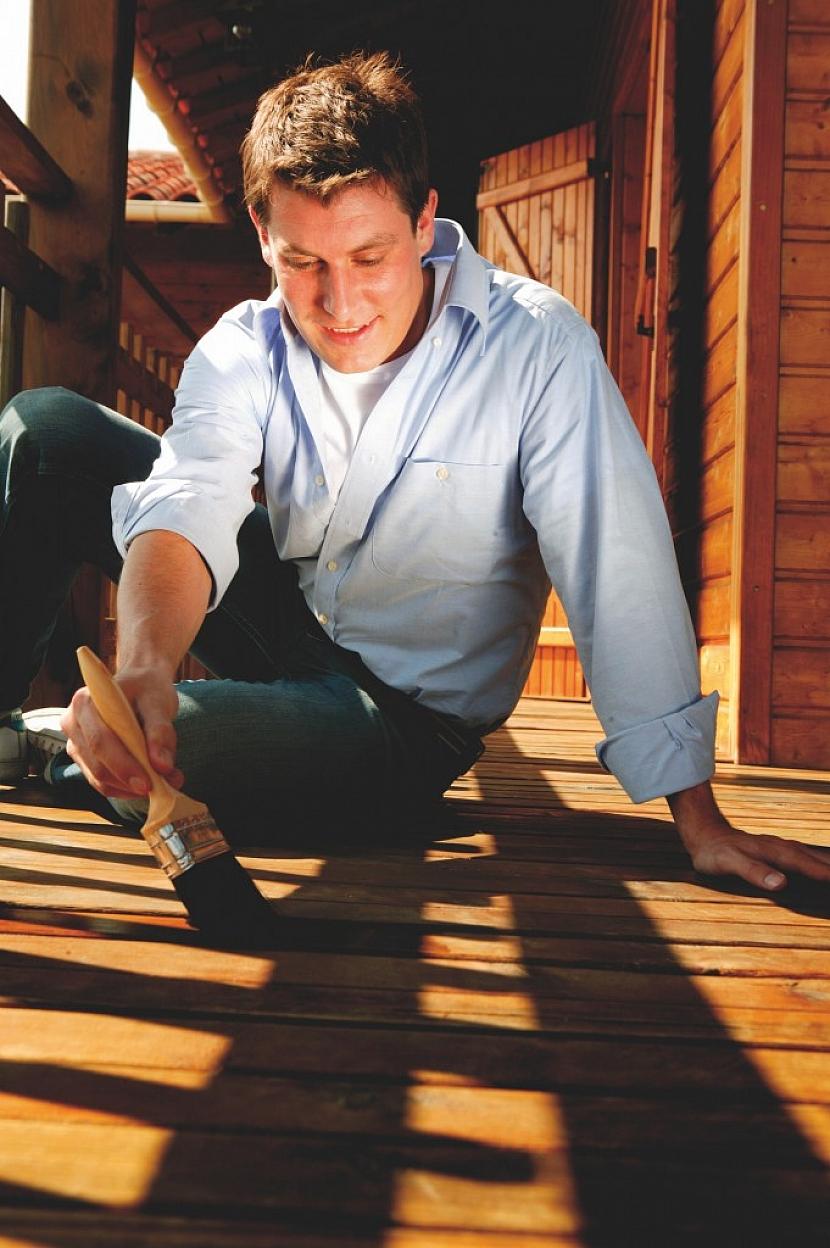 Kdy je ideální čas pro natírání dřeva v exteriéru?