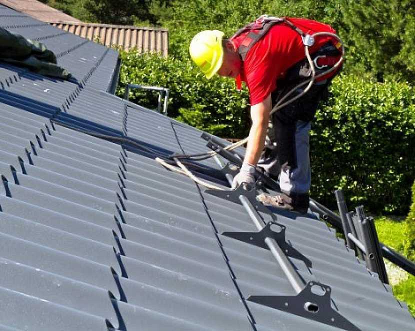 Statistiky potvrzují význam bezpečnostních prvků střech