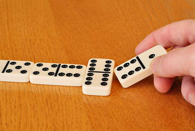 Bílé domino