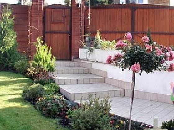 Z čeho postavit zahradní cesty a chodníčky (Zdroj: PePa)