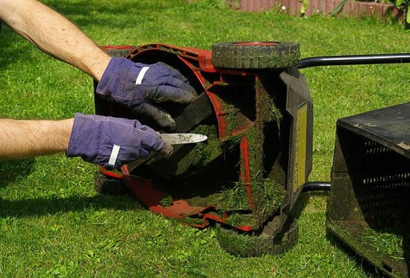 Uskladnění zahradní techniky