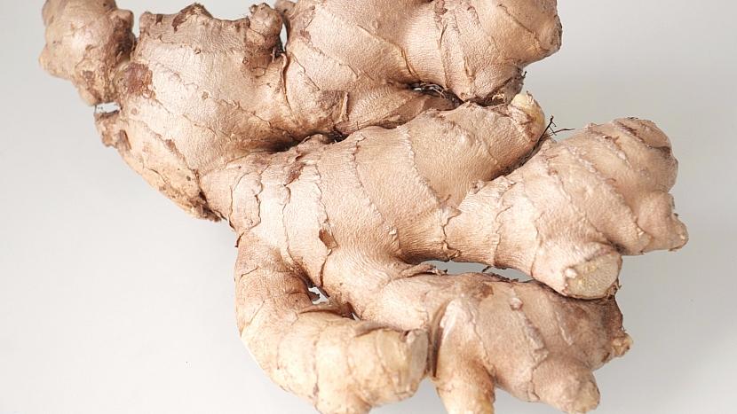 Oddenek obsahuje mimo jiné štiplavě ostrou látku zvanou gingerol