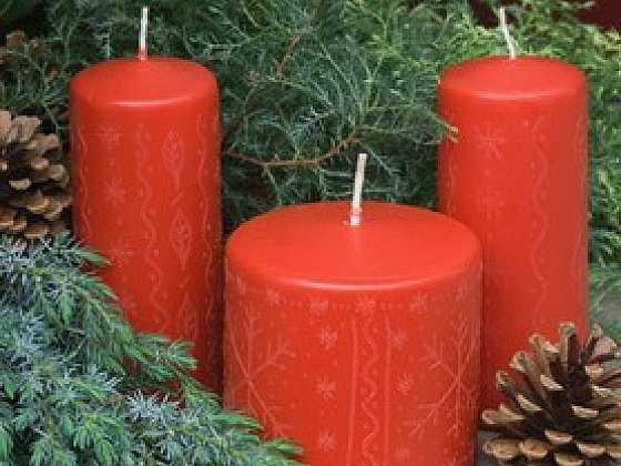Svíčky gravírované nářadím Dremel
