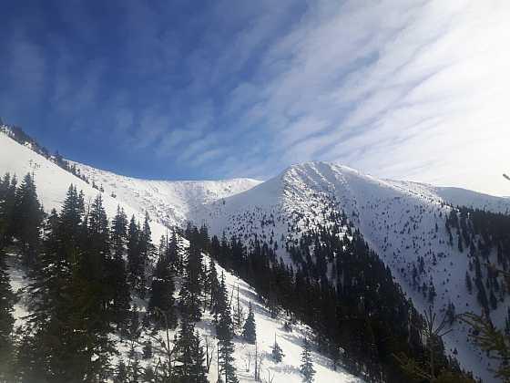 Hory jsou krásné a majestátné, mohou být však velmi nebezpečné, a proto bychom měli dodržovat několik zásad bezpečného pohybu především v zimních měsících (Zdroj: Depositphotos)