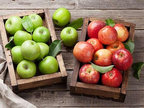 Jablka nejen výborně chutnají, ale obsahují také vitamin C, hořčík, vápník a další důležité látky. Podívejte se s námi na odrůdy, které u nás patří k nejoblíbenějším (Zdroj: Depositphotos (https://cz.depositphotos.com))