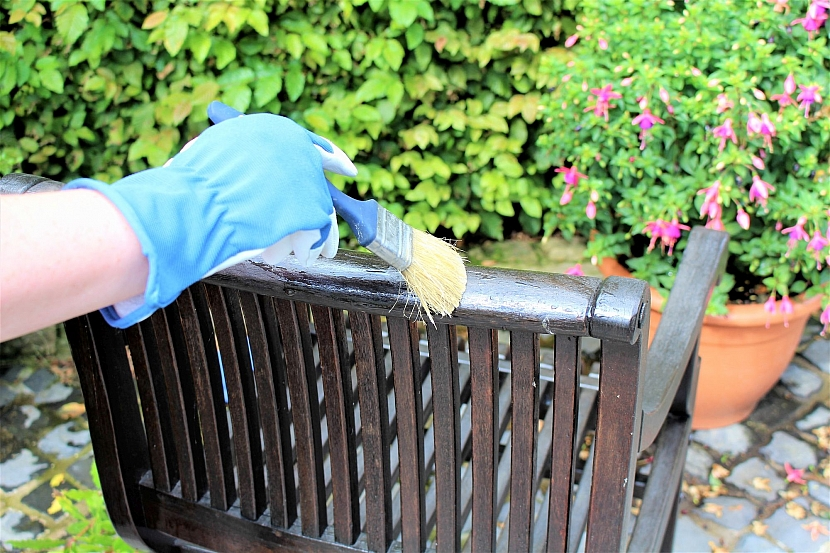 Ošetření zahradního nábytku