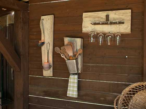 Proměňte nepotřebné harampádí v krásné držáky (Zdroj: Prima DOMA)